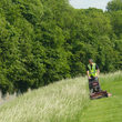 Entretien différencié de pelouses à Arras