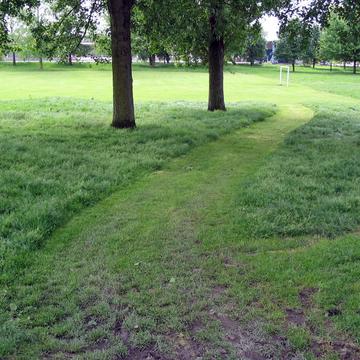 Parc urbain en gestion différenciée à Lille